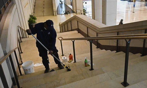 Κορονοϊός: Διευκρινίσεις για την αναστολή λειτουργίας των ξενοδοχείων δίνει το υπουργείου Τουρισμού
