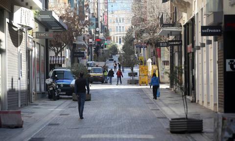 Κορονοϊός - Απαγόρευση κυκλοφορίας: Πώς θα εφαρμοστεί – Ποιοι θα κυκλοφορούν