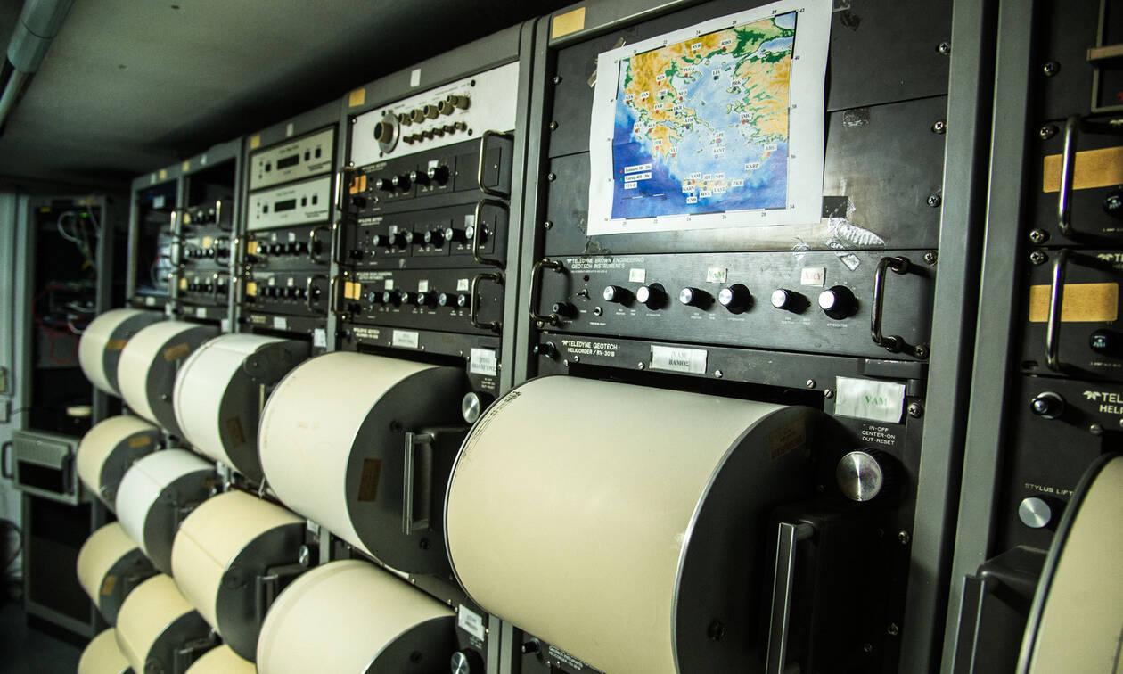Σεισμός στην Πάργα: Η στιγμή που χτυπούν τα 5,6 Ρίχτερ - Τι λέει ο Λέκκας στο Newsbomb.gr