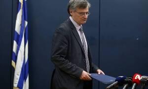 Κορονοϊός: Συγκίνησε το πανελλήνιο ο Τσιόδρας! Η στιγμή που «λυγίζει» μπροστά στις κάμερες (vid)