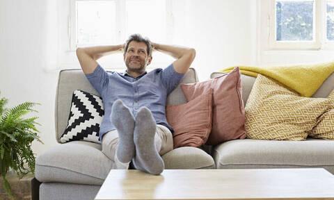 Κλεισμένος στο σπίτι; Προσοχή στον «πυρετό καμπίνας»