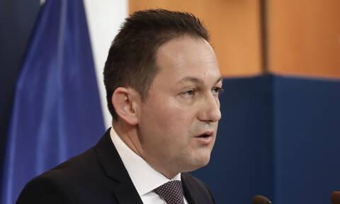 Κορονοϊός - Πέτσας: Ο πρωθυπουργός ενημερώνεται και αποφασίζει για την απαγόρευση κυκλοφορίας