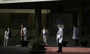 Κορονοϊός: Η τραγωδία συνεχίζεται στην Ιταλία -  674 οι νεκροί στη Γαλλία - «Καμπανάκι» στις ΗΠΑ
