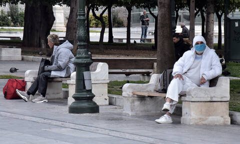 Κορονοϊός: Αγωνία για την αύξηση των κρουσμάτων στην Ελλάδα – Γιατί είναι κρίσιμος ο Απρίλιος