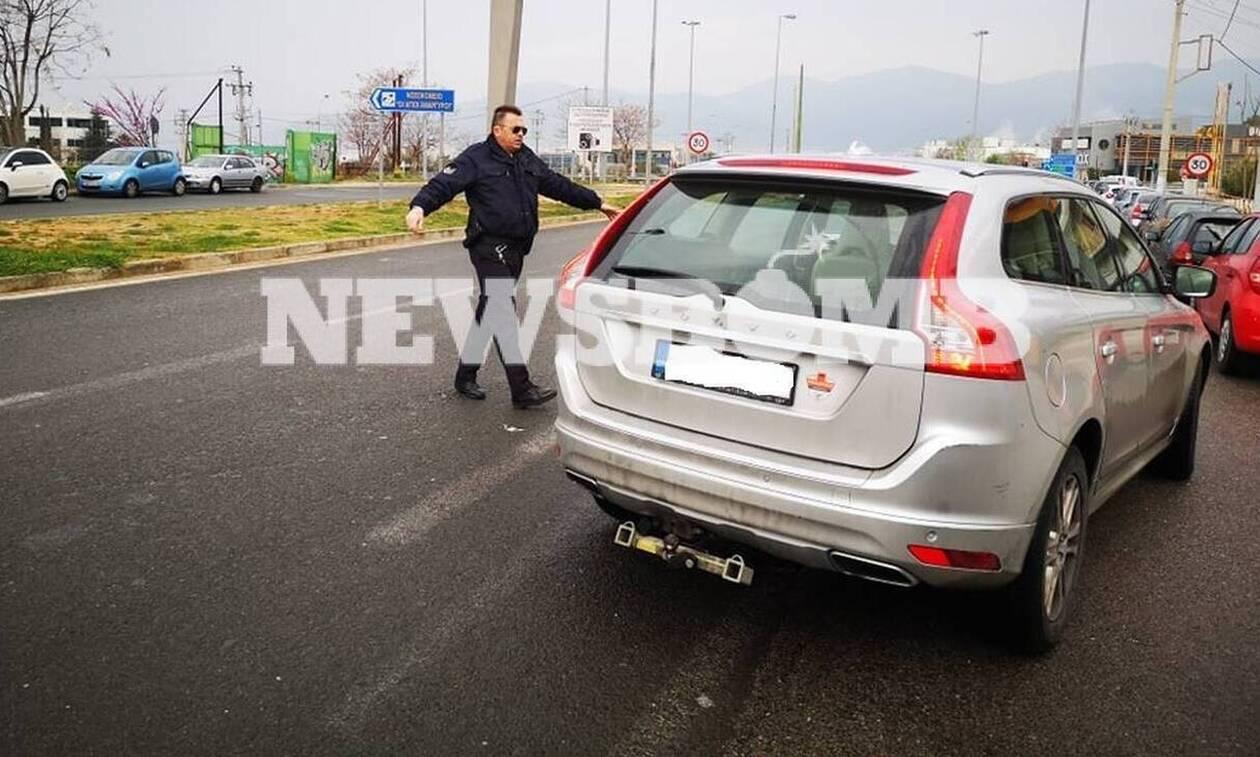 Απαγόρευση κυκλοφορίας – Κορονοϊός: Αστυνομικοί πιάνουν έγγραφα πολιτών - Κίνδυνος μετάδοσης του ιού