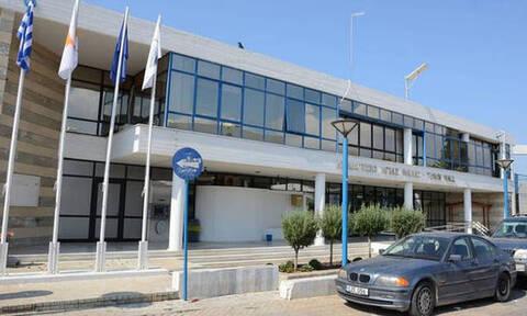 Κορωνοϊός στην Κύπρο - Δήμος Αγίας Νάπας: Κλείνουν παραλίες, παιδότοποι και parking