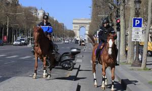 Κορονοϊός Γαλλία: Ενισχύονται τα μέτρα, αυξάνονται τα πρόστιμα