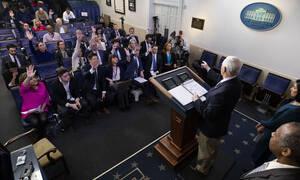 Κορονοϊός - ΗΠΑ: Ύποπτο κρούσμα μεταξύ των δημοσιογράφων που καλύπτουν το ρεπορτάζ του Λευκού Οίκου