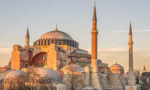 Κορονοϊός: Επικίνδυνοι οι Τούρκοι! Κάλεσμα για μουσουλμανική προσευχή μέσα στην Αγιά Σοφιά