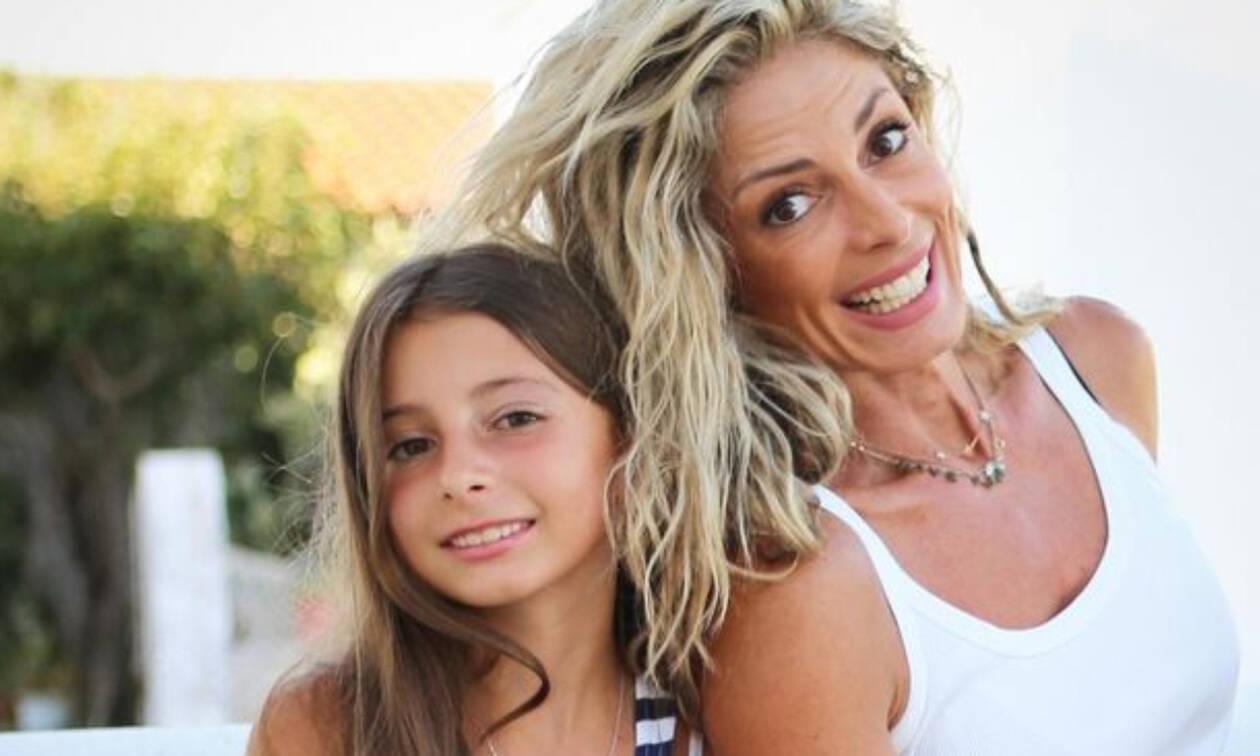 Κατερίνα Λάσπα: Η στιγμή που περπάτησε μαζί με την κόρη της στην πασαρέλα (pics)