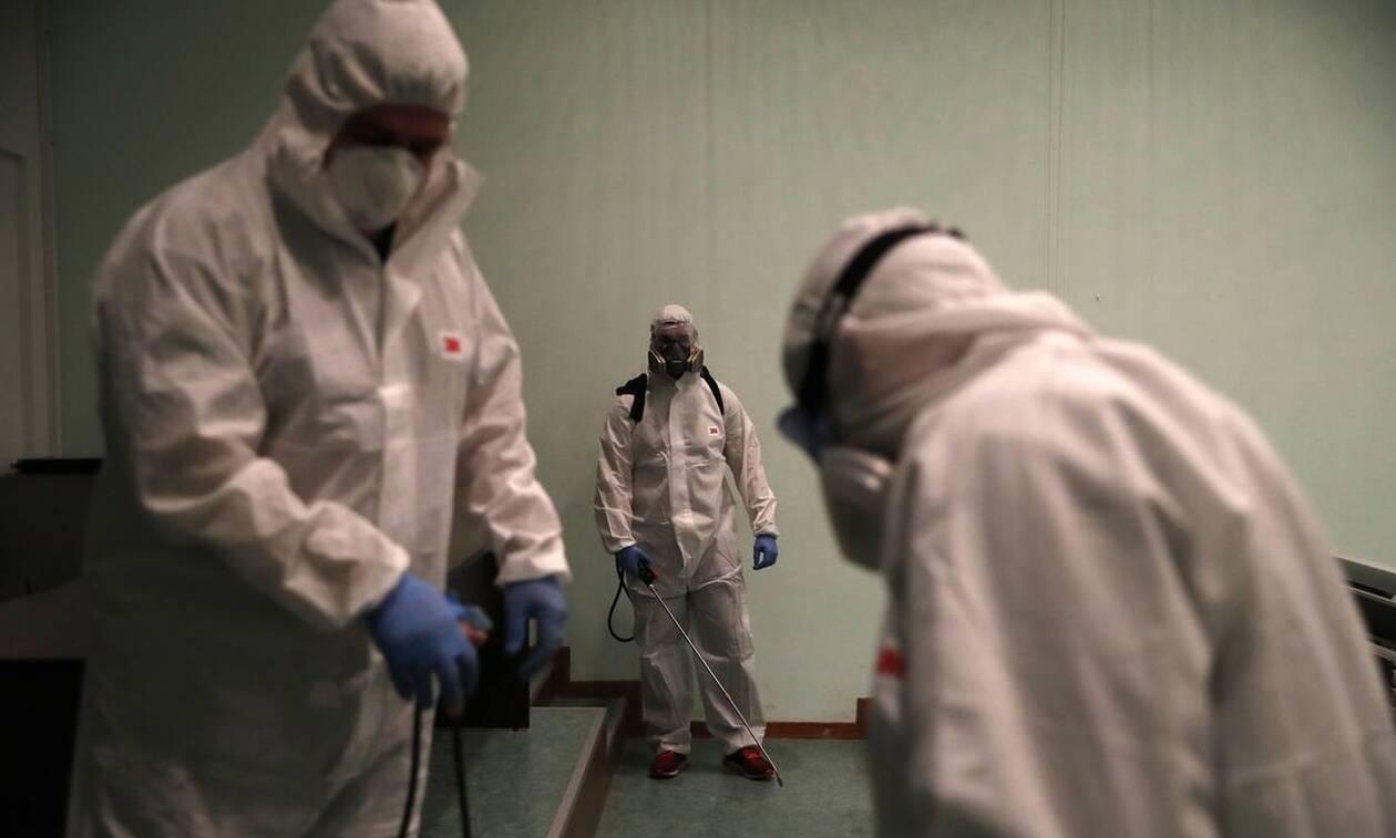 Κορονοϊός: Ο λοιμωξιολόγος Σύψας προειδοποιεί - «Μας περιμένει καταστροφή»