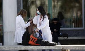 Κορονοϊός: Τον θάνατο της 41χρονης στην Καστοριά διερευνούν ΕΟΔΥ και υπουργείο Υγείας