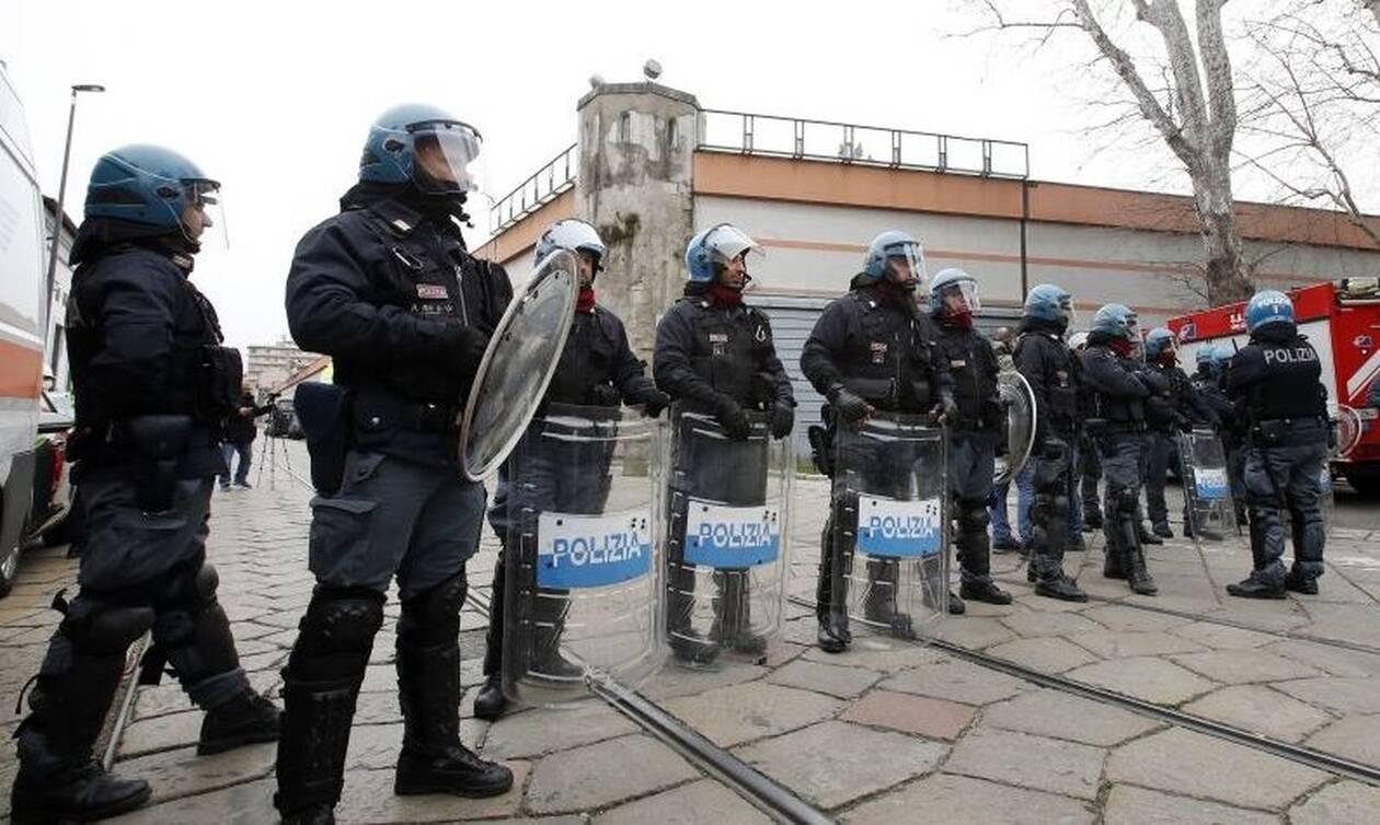Κορονοϊός - Ιταλία: Δραματικές στιγμές και οργή - Απειλεί να κατεβάσει φλογοβόλα η κυβέρνηση