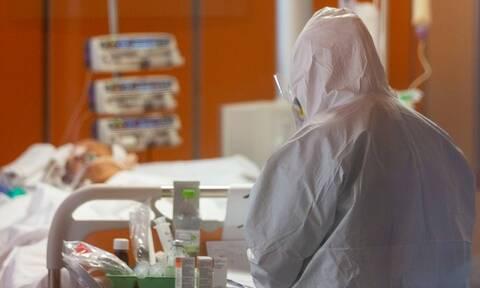 Κορονοϊός - ΣΟΚ: Αυτοκτόνησε νοσοκόμα - Πίστευε ότι είχε μεταδώσει τον ιό