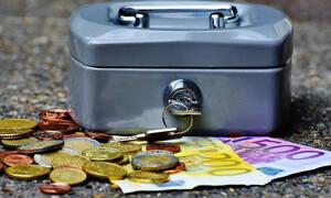 Κορονοϊός: «Βροχή» αιτήσεων στην «Εργάνη» για τo επίδομα των 800 ευρώ-Ποιοι είναι οι νέοι δικαιούχοι