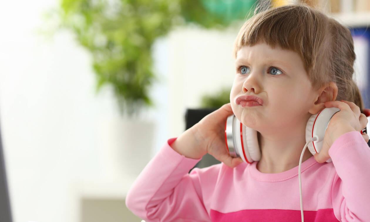 Πώς να αντιδράσετε όταν το παιδί σας θεωρεί υπεύθυνους για το «κακό» που του κάνατε