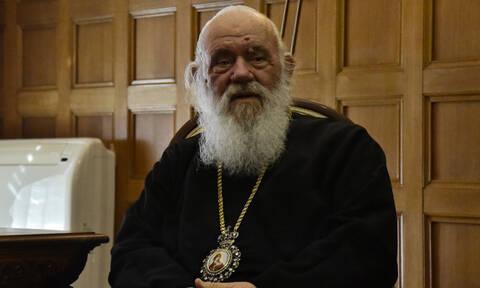 Κορονοϊός - Ραγδαίες εξελίξεις: Η Εκκλησία ζητά να λειτουργήσουν όλοι οι ναοί κεκλεισμένων των θυρών