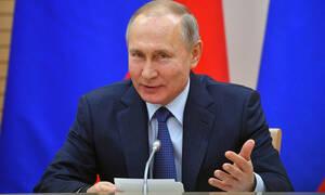 Президент России Владимир Путин поздравил греческое руководство с Днем независимости