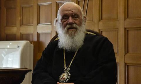 Архиепископ Иероним просит правительство разрешить провести литургии на Пасху
