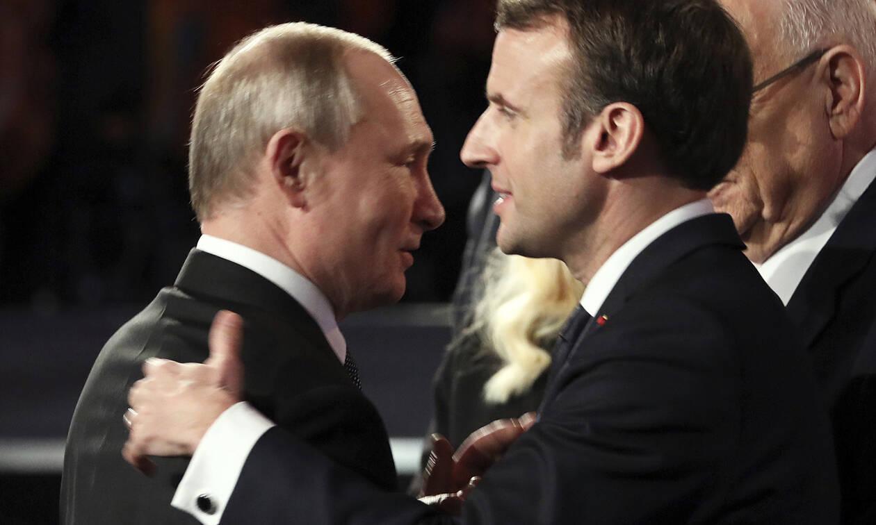 Κορονοϊός: Πούτιν και Μακρόν μίλησαν για τα μέτρα που λαμβάνουν κατά του ιού