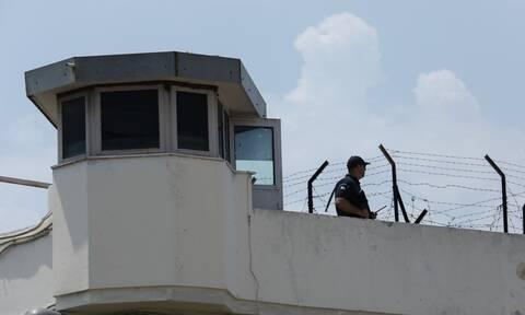 Έκτακτα μέτρα στις φυλακές της χώρας λόγω κορονοϊού, ζητά η Ένωση Ελλήνων Ποινικολόγων