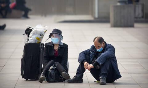 Κορονοϊός Κίνα: Το Πεκίνο μειώνει δραστικά τις διεθνείς πτήσεις από την Κυριακή