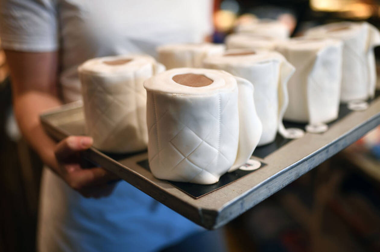 toiler-paper-cake-25.jpg