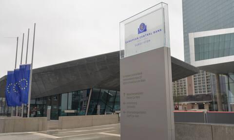 Κορονοϊός: Πολύτιμο χρόνο εξασφαλίζει η αγορά ελληνικών ομολόγων από την ΕΚΤ