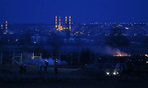 Έβρος: Κινήσεις εκκένωσης από τους μετανάστες στις Καστανιές