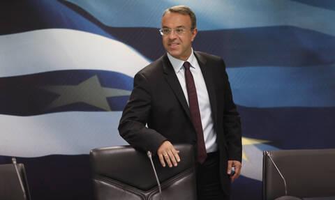 Κορονοϊός: Παράταση 2,5 μηνών στις μεταχρονολογημένες επιταγές - Σταϊκούρας: Νέο επίδομα 600 ευρώ