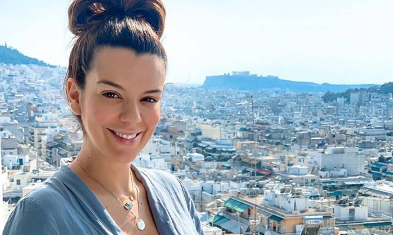 Νικολέττα Ράλλη: Η όμορφη εγκυμονούσα μένει σπίτι και δεν φαντάζεστε τι κάνει στην ταράτσα της!