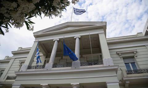 Κορονοϊός: Ειδικός απεσταλμένος του ΥΠΕΞ στη Βρετανία για τον επαναπατρισμό Ελλήνων