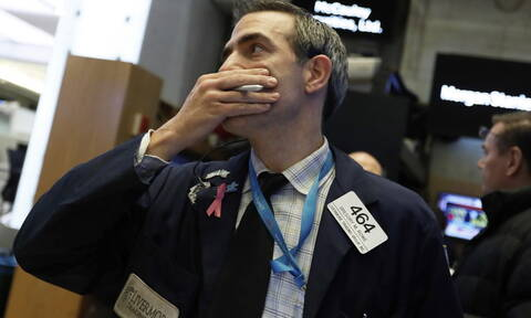Τα κρούσματα του κορονοϊού στις ΗΠΑ «τρόμαξαν» τη Wall Street - Αγγίζει τα 21 δολάρια το πετρέλαιο