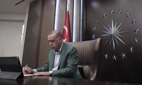 Κορονοϊός - Τουρκία: Μέτρα ανήγγειλε ο Ερντογάν - Μερικό lockdown σε 30 πόλεις