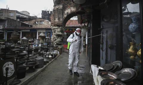 Κορονοϊός - «Καμπανάκι» ειδικών για Τουρκία: Σε κρίσιμο στάδιο η εξάπλωση του Covid-19