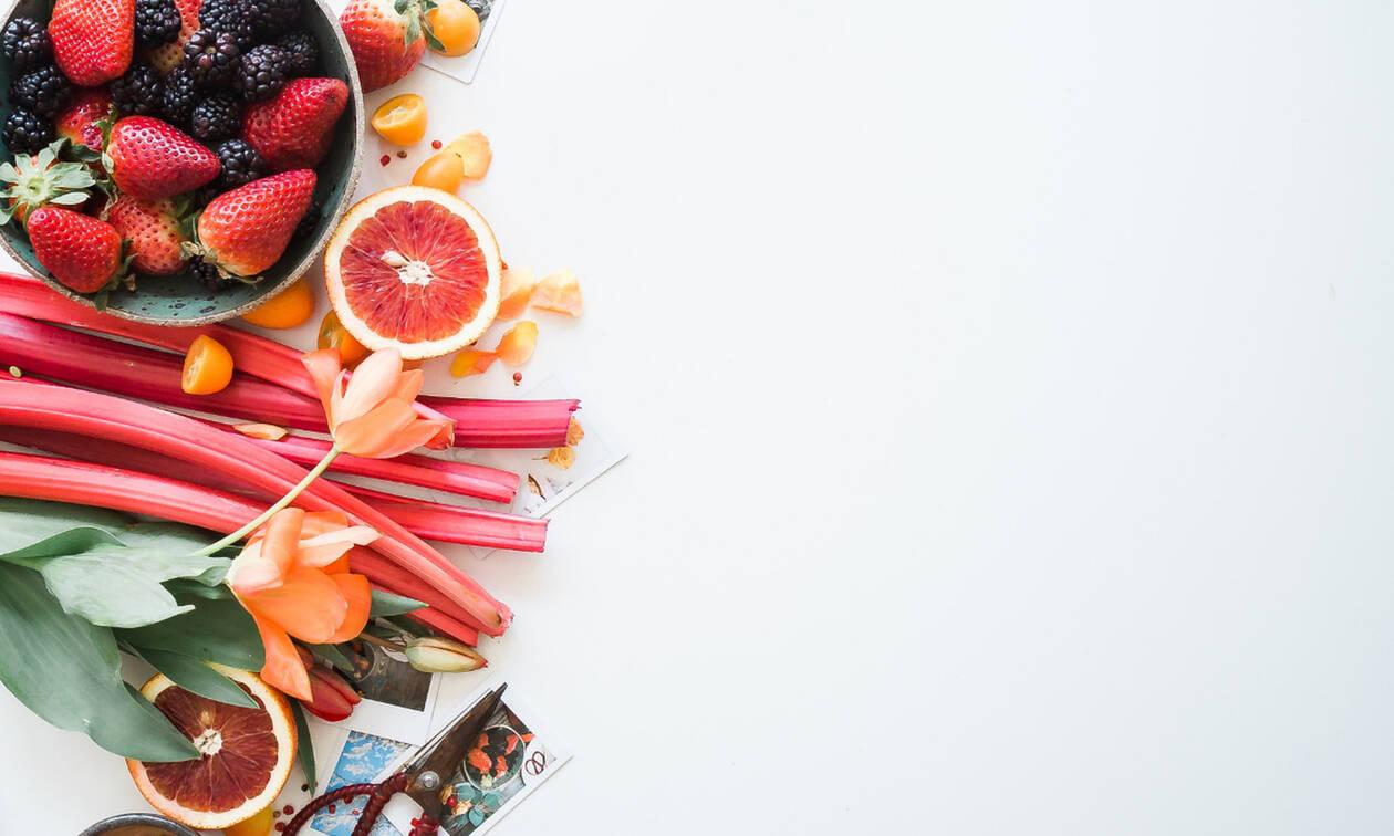 Διατροφή στην καραντίνα: Ποιες είναι οι τροφές που ενισχύουν το ανοσοποιητικό σου σύστημα;