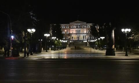 Κορονοϊός: Στο τραπέζι τα αυστηρότερα μέτρα - Προς παράταση και η απαγόρευση κυκλοφορίας