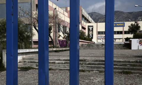 Κορονοϊός: Πότε ανοίγουν τα σχολεία - Τι θα γίνει με τις Πανελλήνιες 2020