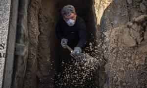 Κορονοϊός: Ισπανία όπως... Ιταλία - 838 νεκροί σε 24 ώρες