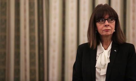 Κορονοϊός: Η Σακελλαροπούλου καταθέτει το 50% του μισθού της στον λογαριασμό για τον Covid-19