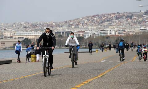 Κορονοϊός-Θεσσαλονίκη:Τελεσίγραφο Ζέρβα μετά τον συνωστισμό στην παραλία - «Την κλείνω και τελείωσε»