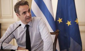 Κορονοϊός: ΜΕΘ, περικοπές στους βουλευτές και δωρεές - Τα μέτωπα της μάχης ενάντια στην πανδημία