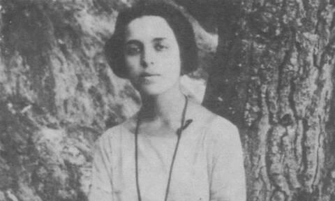 Σαν σήμερα το 1902 γεννιέται η ποιήτρια Μαρία Πολυδούρη