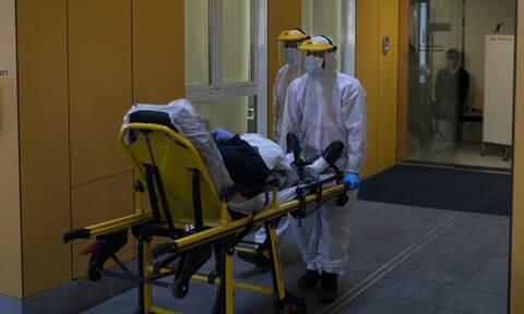 Κορονοϊός - Δραματική προειδοποίηση του Δασκαλάκη: Οι νεκροί στην Ελλάδα θα ήταν χιλιάδες