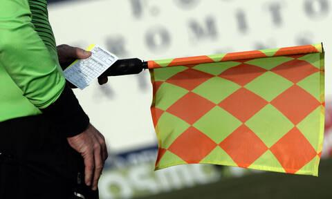 Απίθανο: Διαιτητής σε καραντίνα κάνει προπόνηση για το οφσάιντ στο… σαλόνι (video)