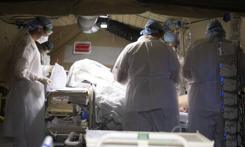 Κορονοϊός: Ένα βήμα πριν την θεραπεία; Επιστήμονες απομόνωσαν αντισώματα που μπλοκάρουν τον ιό