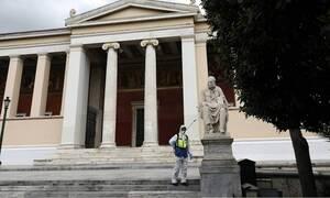 Число жертв коронавируса в Греции достигло 53 человек