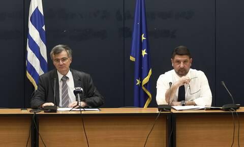 Κορονοϊός: Ραγδαία η εξάπλωσή του σε πλοία και δομές - Υπήρχε εξαρχής σχέδιο λένε οι αρμόδιοι