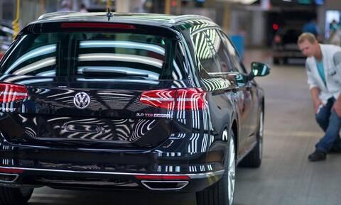 H γερμανική αυτοκινητοβιομηχανία ίσως χάσει 100.000 θέσεις εργασίας λόγω κορονοϊού