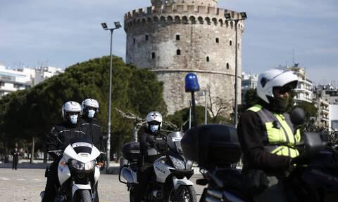 Απαγόρευση κυκλοφορίας: Καταγγελίες για πρόστιμα σε άστεγους στη Θεσσαλονίκη